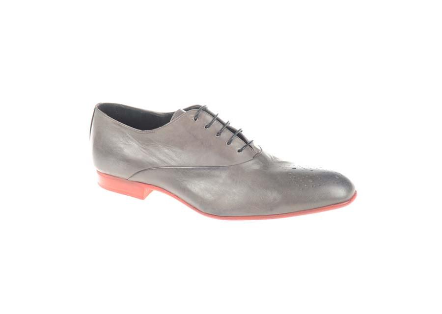 Schnürer Schuhe